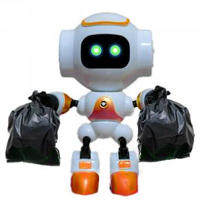 Roboto mit Muellsaecken